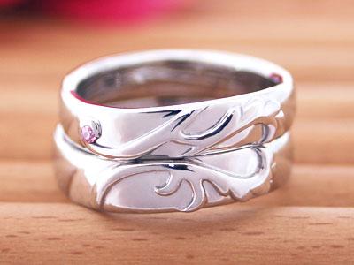 羽とハートが浮き出す指輪