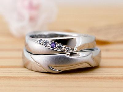 合わせるとクジラの結婚指輪