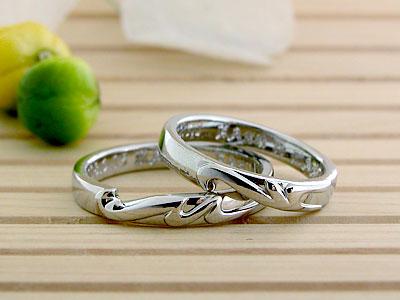 ハートの形の透かしの結婚指輪