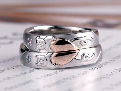 ピンクゴールドハート結婚指輪