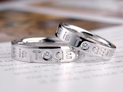 LOVE文字ダイヤ結婚指輪