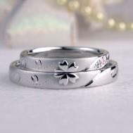 桜の花びらが美しい結婚指輪