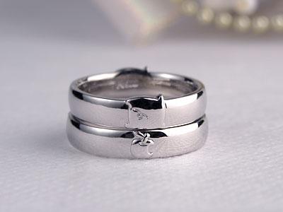 リンゴ結婚指輪