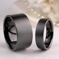 ブラックマットの結婚指輪