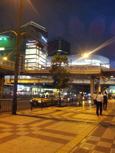 大阪工房から見た梅田周辺の様子