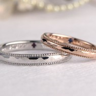 槌目にミル打ちの結婚指輪